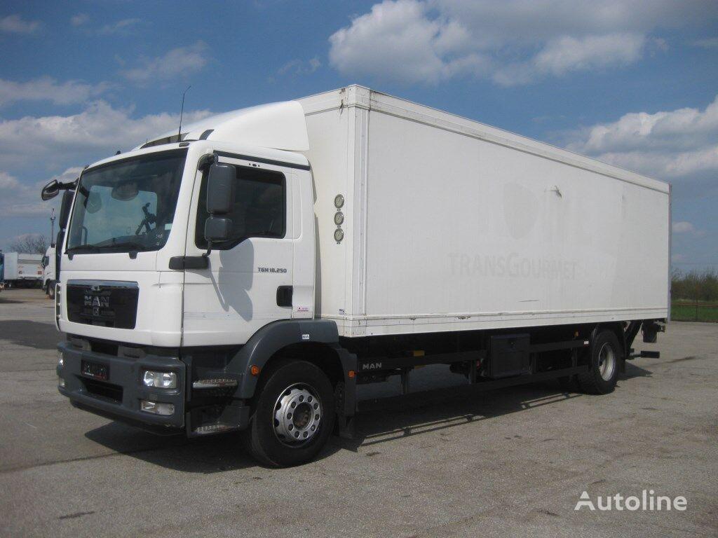 chladirenské nákladné vozidlo MAN TGM 18.250 4x2