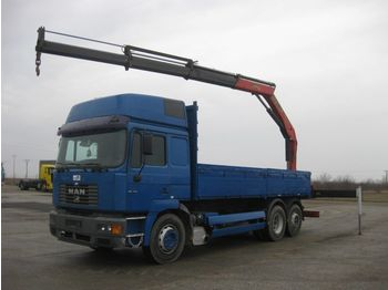 Valníkový/ plošinový nákladný automobil MAN 26.414 FNLLW 6x2-2